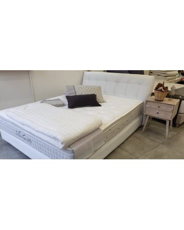 Εκθεσιακό Ντυμένο κρεβάτι με στρώμα 160x200